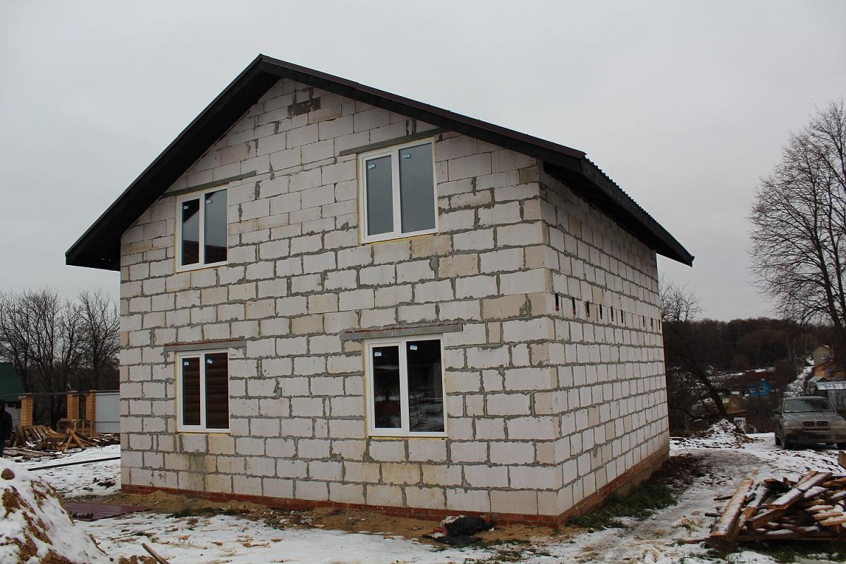 малогабаритной двухэтажный дом из газосиликатных блоков фото понимал таких